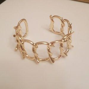 Gold Chain-Link Bracelet